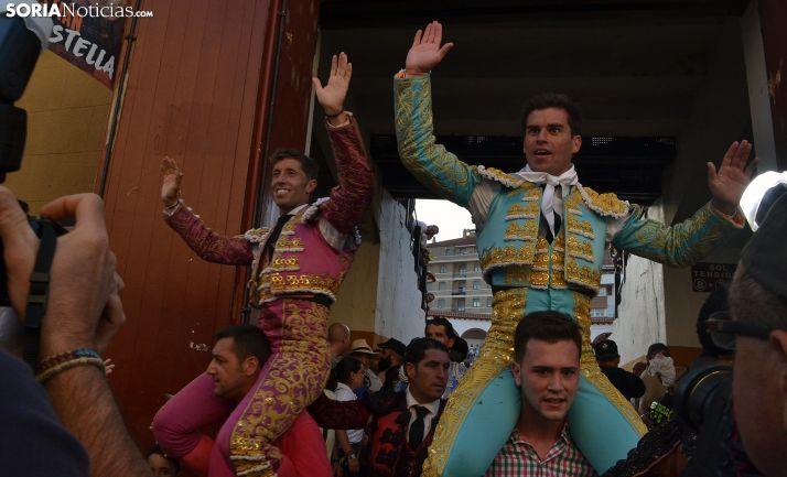 Manuel Escribano y Rubén Pinar, en su puerta grande sanjuanera. /SN