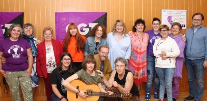 Foto 1 - Se entregan los premios del III Certamen de poesía social 'Mujer, Voz y Lucha' de CGT CyL