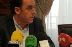 Benito Serrano, en su primera rueda de prensa como presidente de la Diputación.