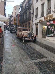 Una imagen del desfile a su paso por la calle Numancia. /SN