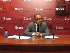 Luis Rey en rueda de prensa.