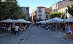 Una imagen estival de la plaza Ramón Benito Aceña (Herradores), en la capital soriana. /SN