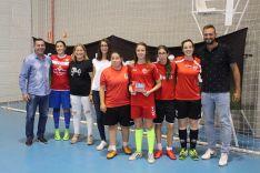 Foto 4 - Castellanas y Torreznas, ganadoras del I Torneo de Fútbol Sala Femenino San José