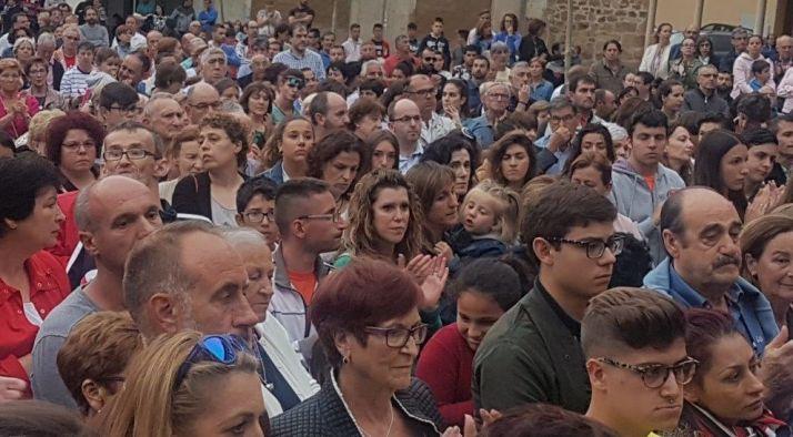Manifestación en Salas contra el crimen machista