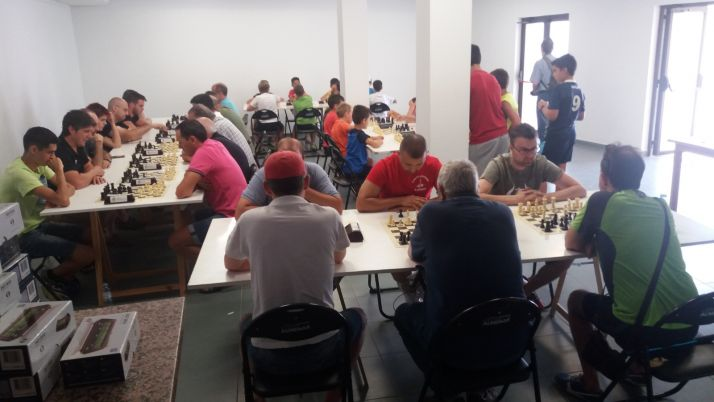 Foto 1 - El torneo de ajedrez 'Almenar de Soria' sigue creciendo en su cuarta edición
