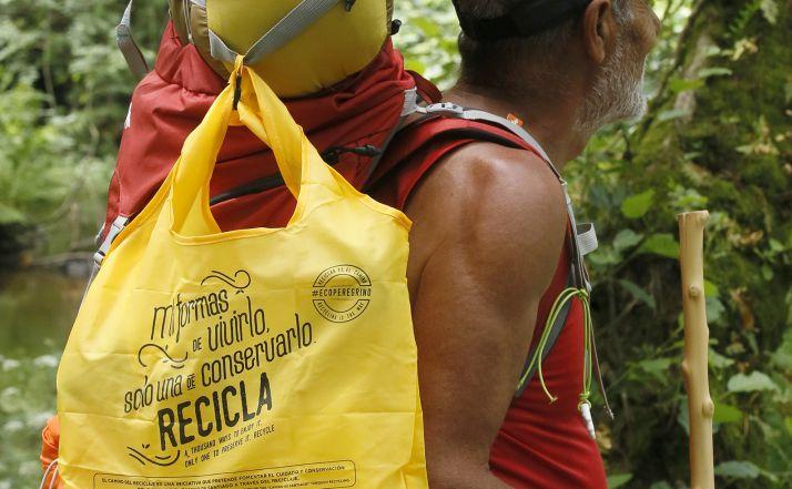 Foto 1 - Junta y Ecoembes impulsan un Camino de Santiago concienciado con el reciclaje y libre de basuraleza