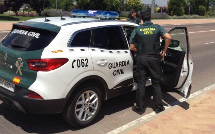 Agentes de la GC en una imagen del twitter de la Benemérita en el que se avanza esta detención. /GC