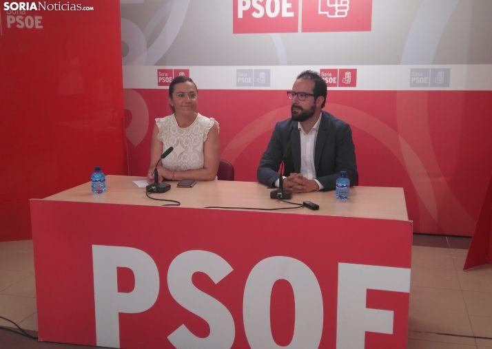 Virginia Barcones y Ángel Hernández durante la rueda de prensa.