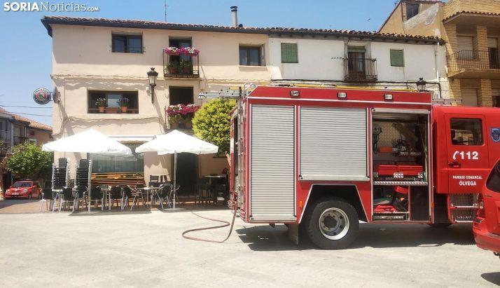 Los bomberos en el lugar de los hechos. /SN
