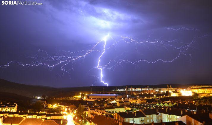Imagen de la tormenta sobre Soria capital.