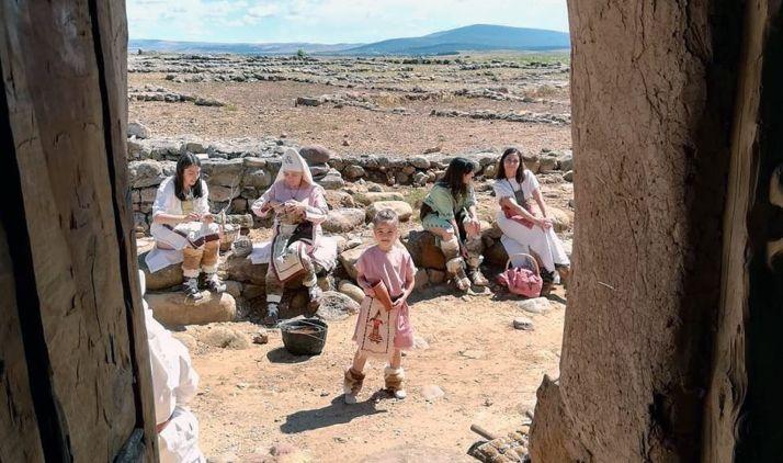 Actores de Tierraquemada en una de sus escenificaciones. /ACCTQ