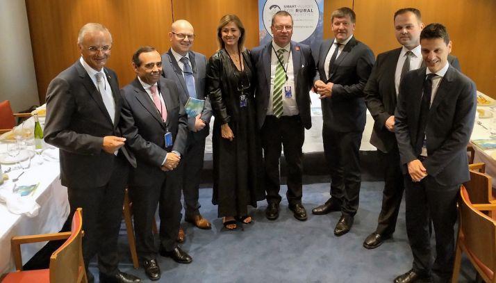 Miembros participantes en la reunión Smart Rural Communities. /FOES