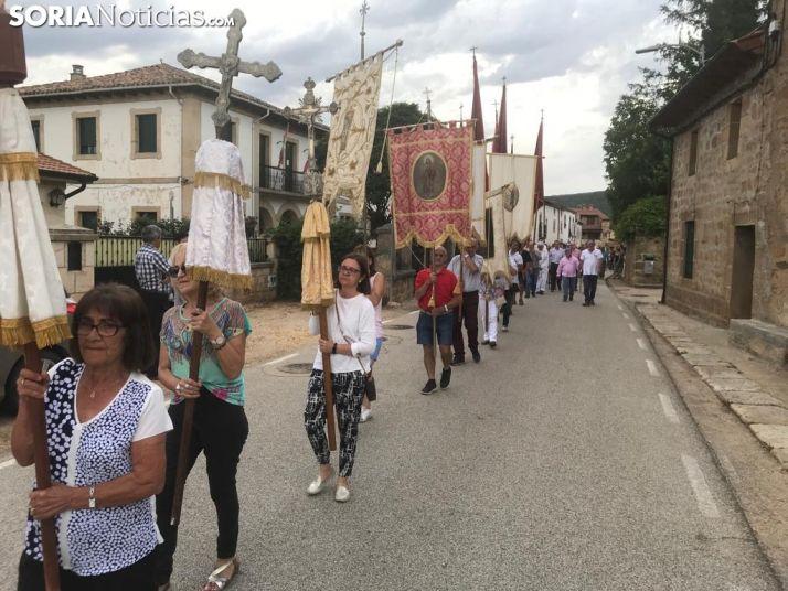 FOTOS: El Royo muestra su devoción por la Virgen del Castillo