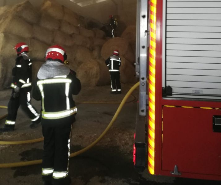 Foto 1 - Incendio en la nave de la Verguilla en Toledillo