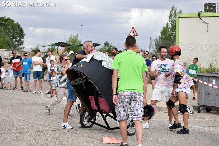 Carrera de Autos Locos de Camaretas.