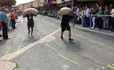 La segunda edición del Campeonato mundial de acarreo de sacos fue en Berlanga de Duero.