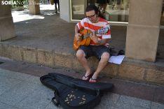 José Casado interpreta sus melodías en El Collado.
