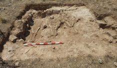 Imágenes de los enterramientos de Retortillo.