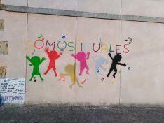 Fuentecantos, Igualdad y dinamización social, plasmado en la pared.