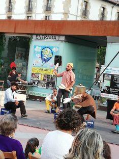 Foto 2 - El teatro de calle continúa animando las plazas de Soria