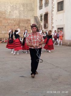 Foto 5 - El Grupo de Danzantes de Valdeavellano, en Villar del Ala