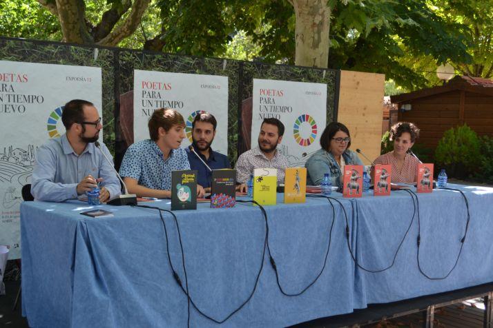 Los premiados pudieron leer sus obras / Daniel Alcalde
