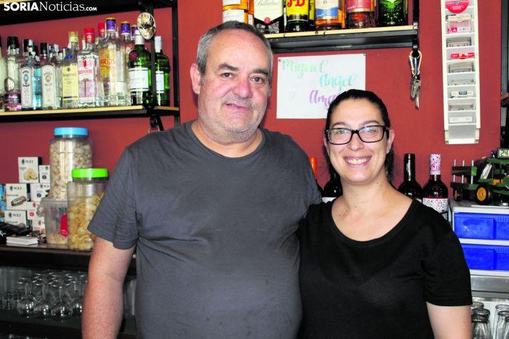 Miguel Ángel Ramírez y Amalia Escuín, los encargados de gestionar El Horno de Cubo de la Solana.