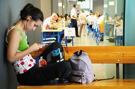 Foto 1 - El lunes comienzan los exámenes de septiembre en la UNED