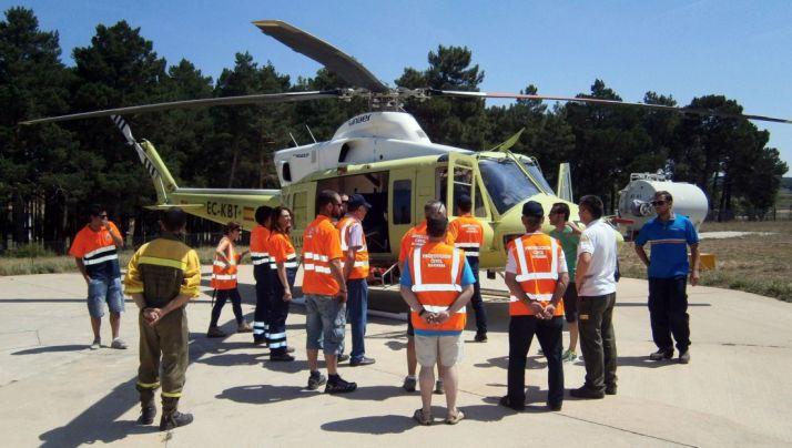 Imagen de archivo de un equipo de Protección Civil.