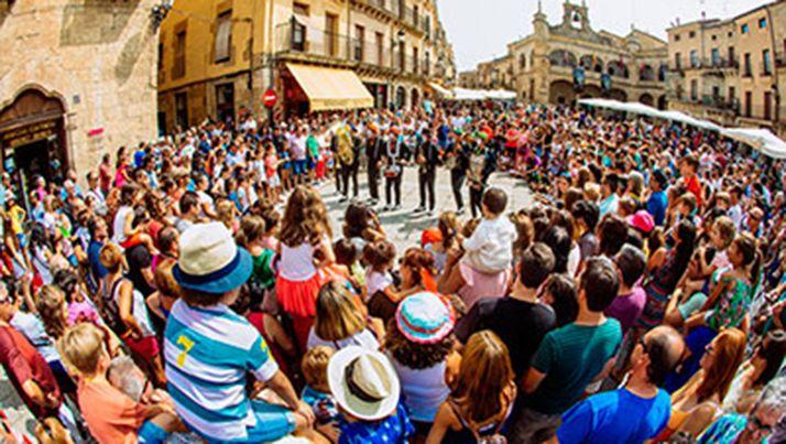 Foto 1 - La selección de 5 compañías extremeñas en la XXII Feria de Teatro de CyL confirma a la cita escénica como principal mercado del Occidente Peninsular