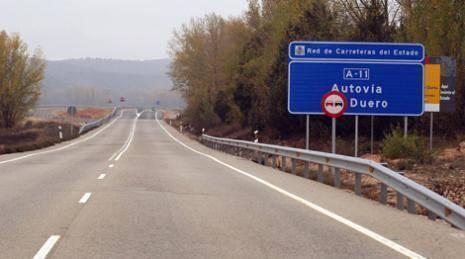 Foto 1 - Soria, Burgos y Valladolid se unen para exigir la finalización de la A-11 con una marcha lenta hasta Aranda este domingo 25