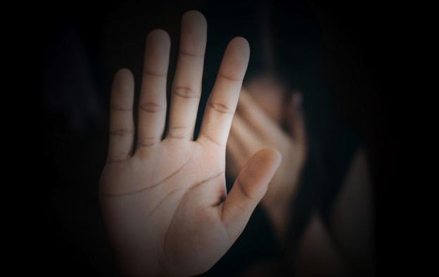 La Junta expresa su repulsa ante el asesinato machista de una mujer originaria de Paredes de Nava