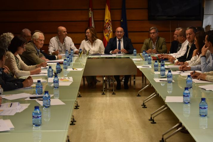 Foto 1 - La Junta confirma los buenos resultados de la lucha contra la plaga del topillo
