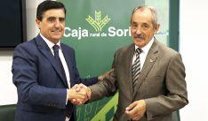Martínez (izda.) y Molina, tras la rúbrica del acuerdo. /CRS