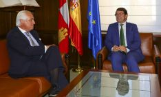 José Luis Concepción (izda.) y Alfonso Fernández Mañueco. /Jta.