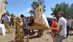 Una imagen de la llegada de la procesión a la ermita. /SN