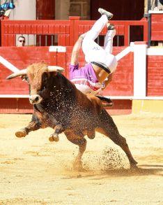 Foto 6 - J. P. Villanueva 'Aguilucho', campeón del Concurso Nacional de Recortes de Soria
