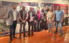 De izquierda a derecha: Fco. Javier Muñoz, concejal Ayuntamiento Soria; Óscar Mario Lobo, responsable UGT Soria; Faustino Temprano, secretario general UGTCyL; Silvio Orofino, secretario general UJP-UGT Soria; Eder García, concejal Ayuntamiento Soria; Albe