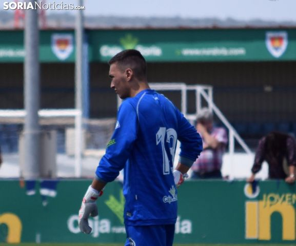 Pablo Tejedor, guardameta de la casa, se estrenó como titular en Liga.