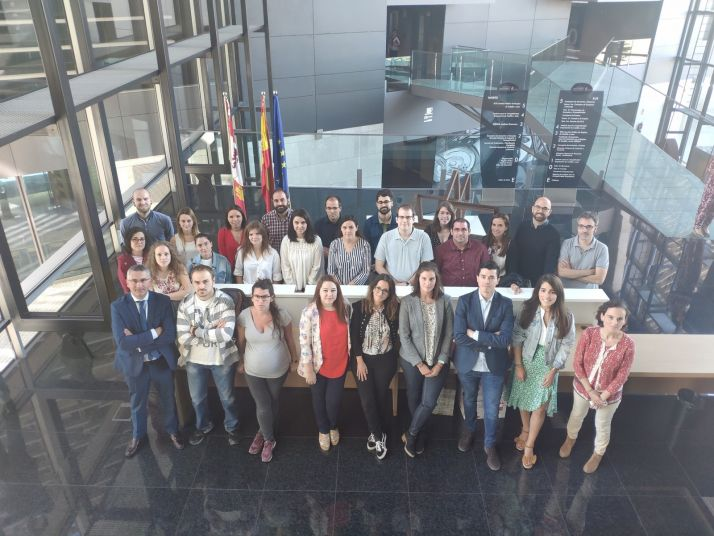 Foto 1 - La Junta forma una nueva promoción de 25 jóvenes especialistas en I+D+i para mejorar la competitividad de las empresas