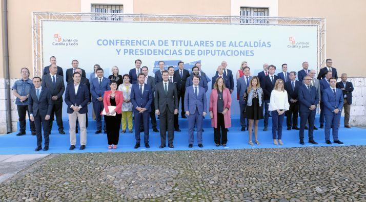 Conferencia de Alcaldes y Presidentes de Diputación.