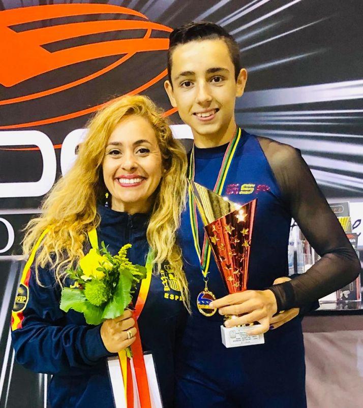 Foto 2 - El soriano Héctor Díez, campeón juvenil de Europa de patinaje artístico