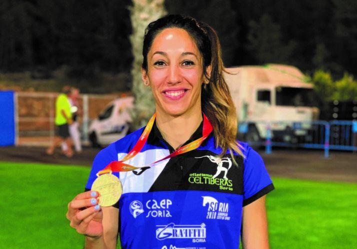 Carmen Romero, oro en los 400mv de La Nucia.