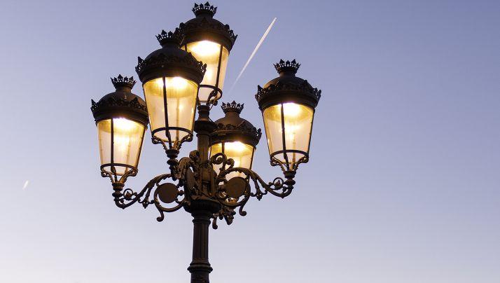 Foto 1 - El PSOE solicita una comisión urgente de Planes sobre el proyecto de iluminación eficiente