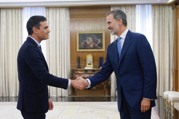 Pedro Sánchez y Felipe VI. Casa Real