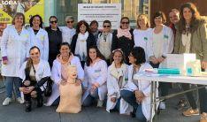 Profesionales del Servicio de Medicina Intensiva del Santa Bárbara este miércoles. /SN