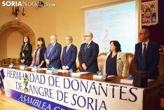 Foto 3 - Pilar Monreal Angulo, Mª del Carmen Pérez y Florentino Sanz reciben el reconocimiento de los Donantes de Sangre