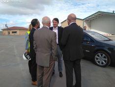 Alfonso Fernández Mañueco durante su visita a Copiso.
