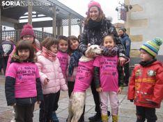 Imagen de una marcha contra el cáncer infantil en Covaleda.