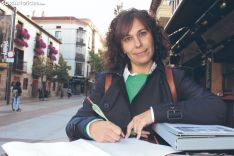 Raquel Frías firma con una flecha en Mariano Granados. SN